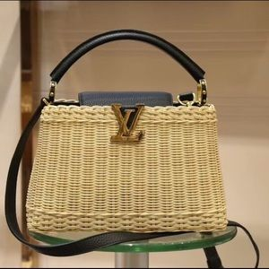 $600 Louis Vuitton bag